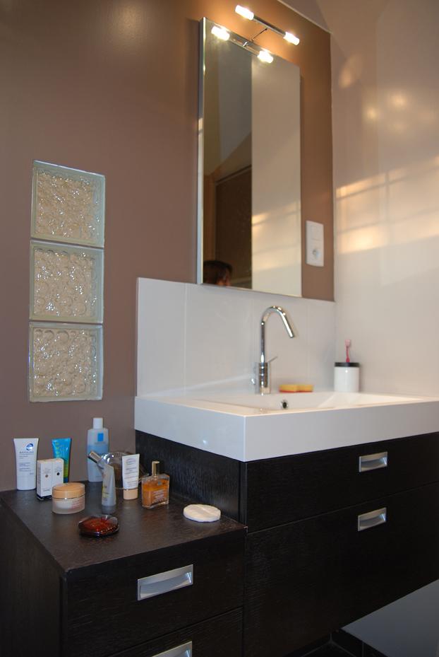 cuisine douche m delamaison perene lyon. Black Bedroom Furniture Sets. Home Design Ideas
