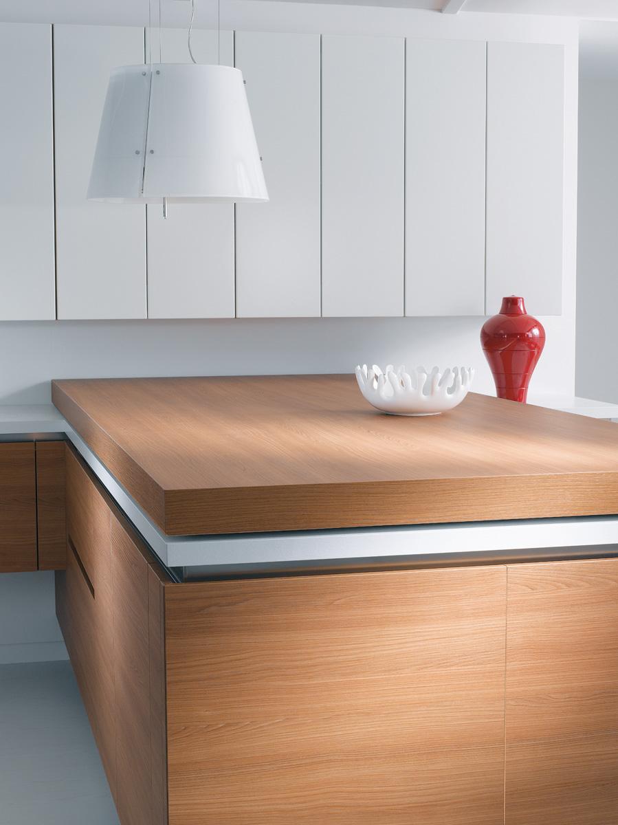Cuisine b610h placage ch ne horizontal l500f laque blanc for Cuisine x roussien lyon