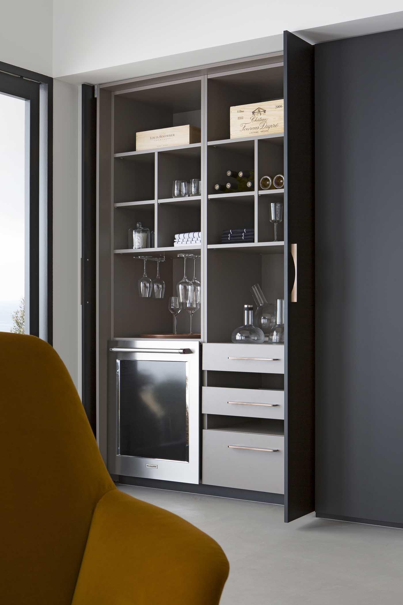 Cuisine b600h placage palissandre v200 verni noir mat for Placage porte cuisine