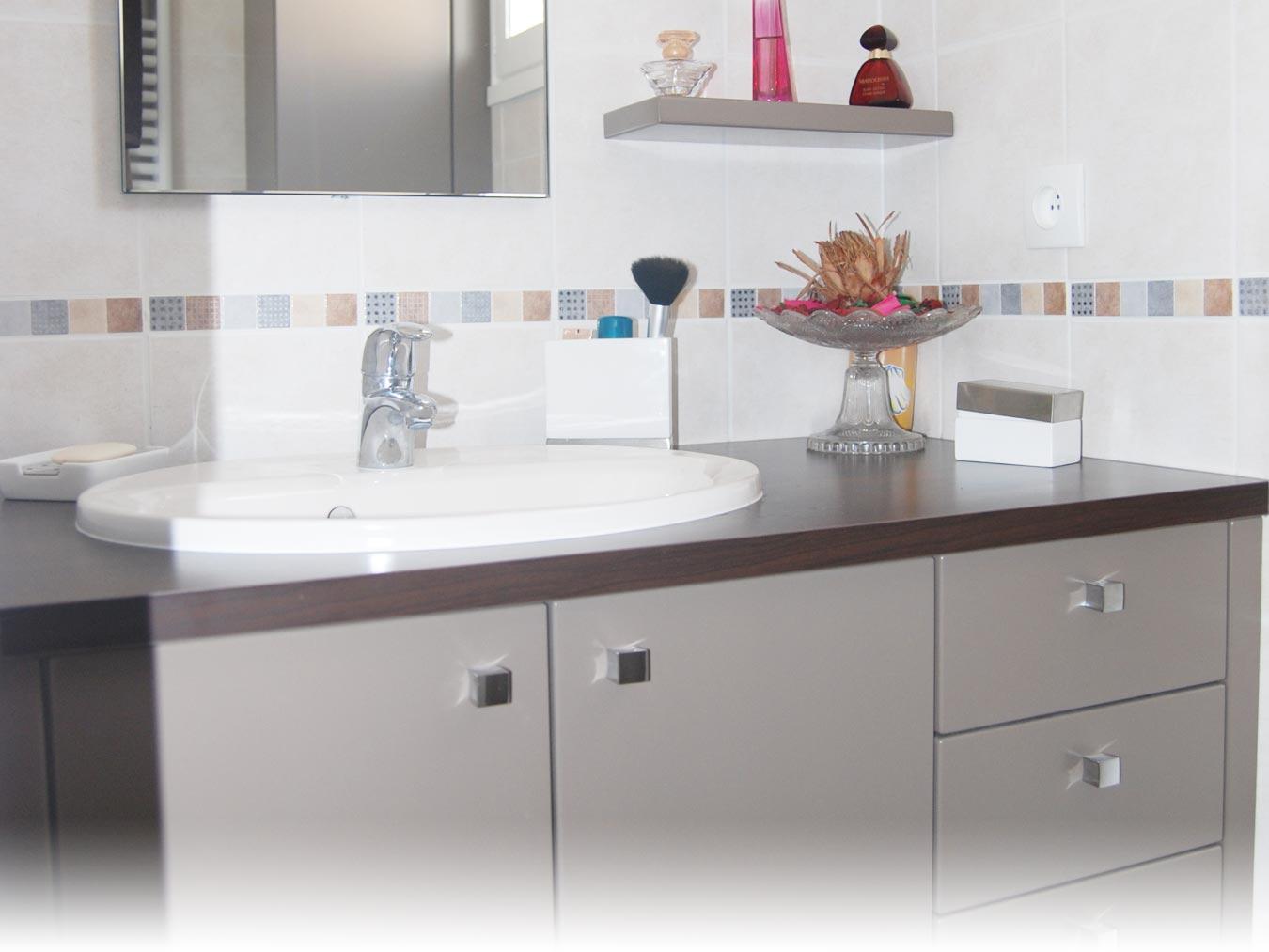 Faure agencement perene lyon cuisines salle de bains - Baignoire balneo avis consommateur ...