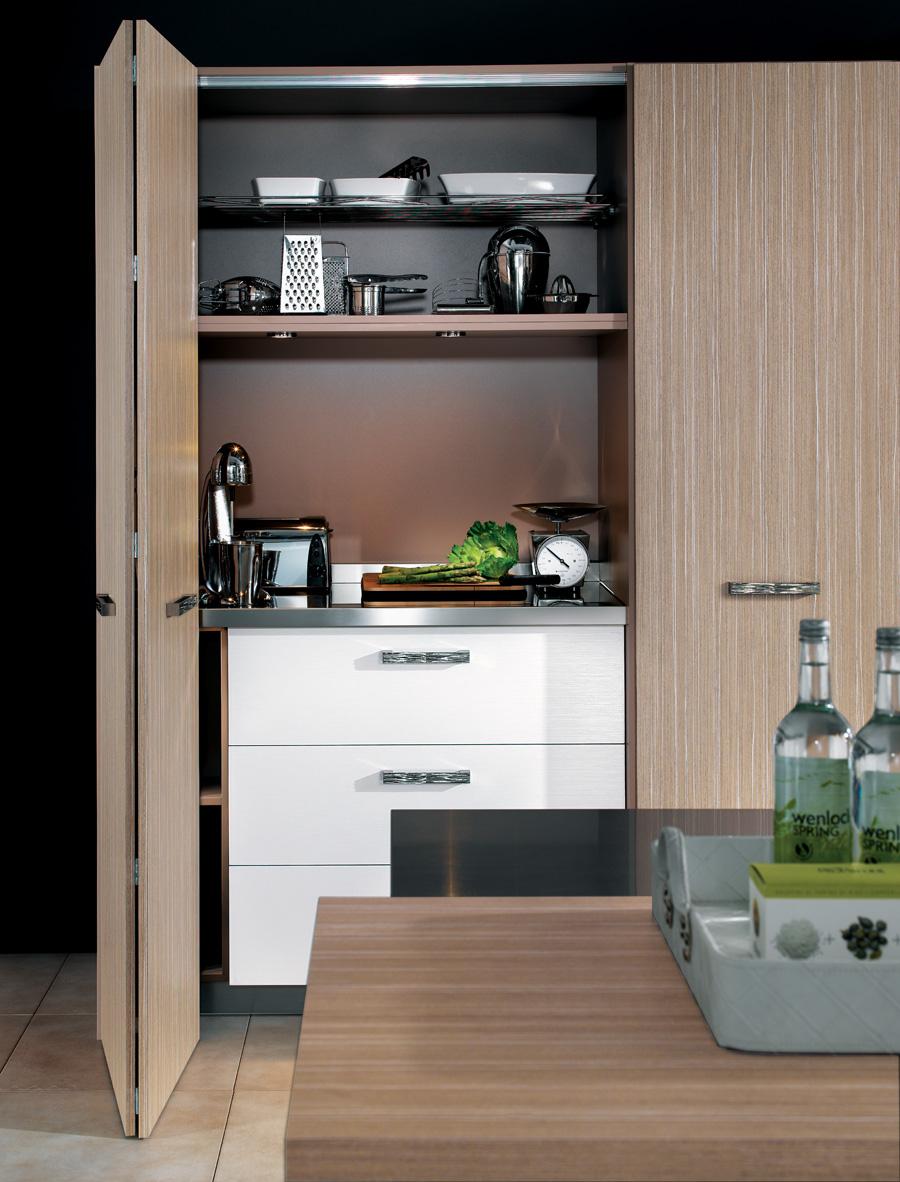 perene lyon awesome cuisine mh mlamin noyer tabac et corian perene lyon cuisine pinterest. Black Bedroom Furniture Sets. Home Design Ideas