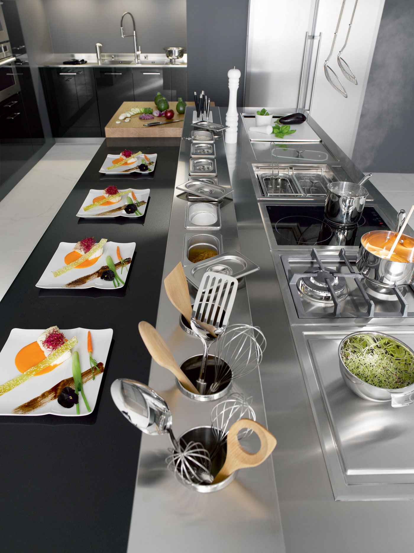 cuisine i800 inox line v200 verni carbone brillant perene lyon. Black Bedroom Furniture Sets. Home Design Ideas
