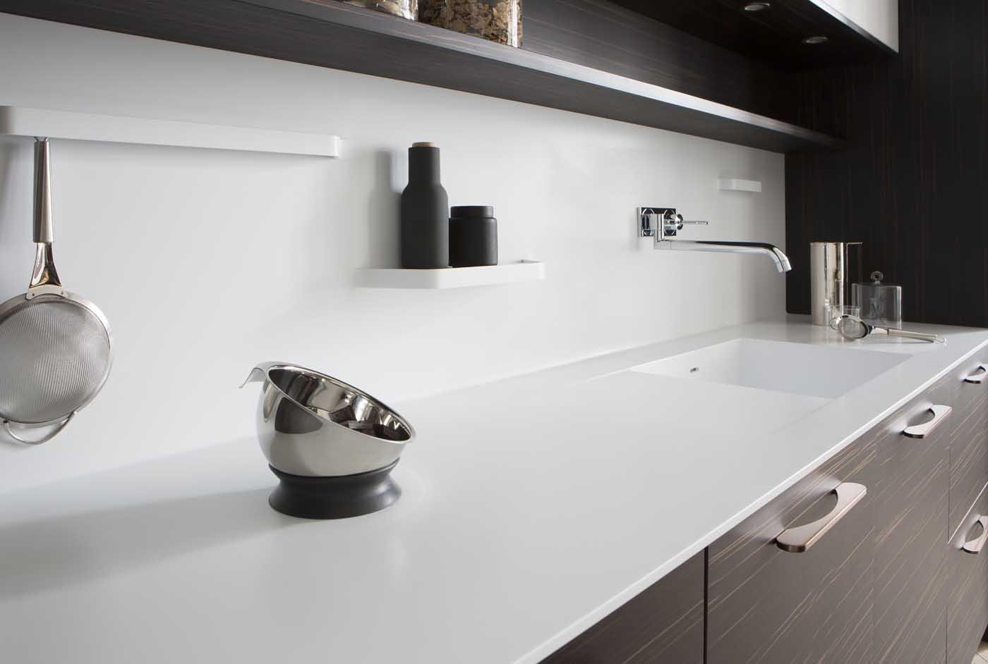 Cuisine b600h placage eb ne de macassar l500 laque blanc for Placage cuisine